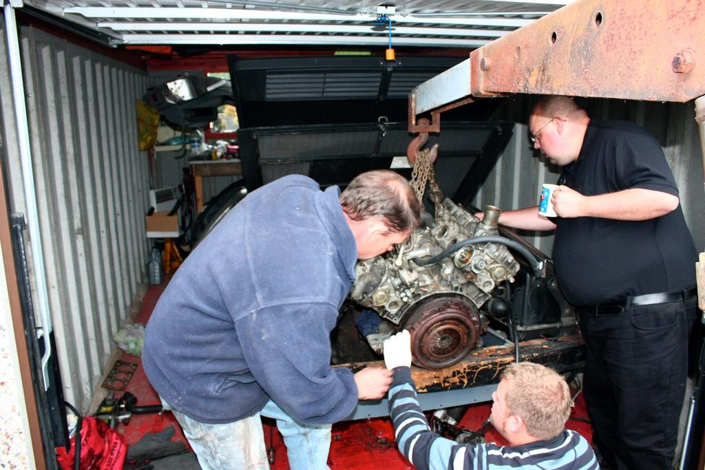 Changing a DeLorean Engine
